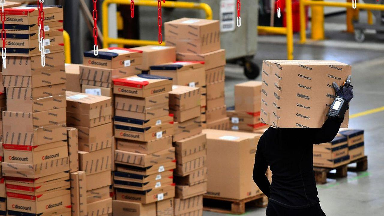 Un entrepôt de CDiscount. Le spécialiste du e-commerce fait partie des signataires d'une charte d'engagements avec le gouvernement, qui vise notamment à réduire le volume d'emballages.