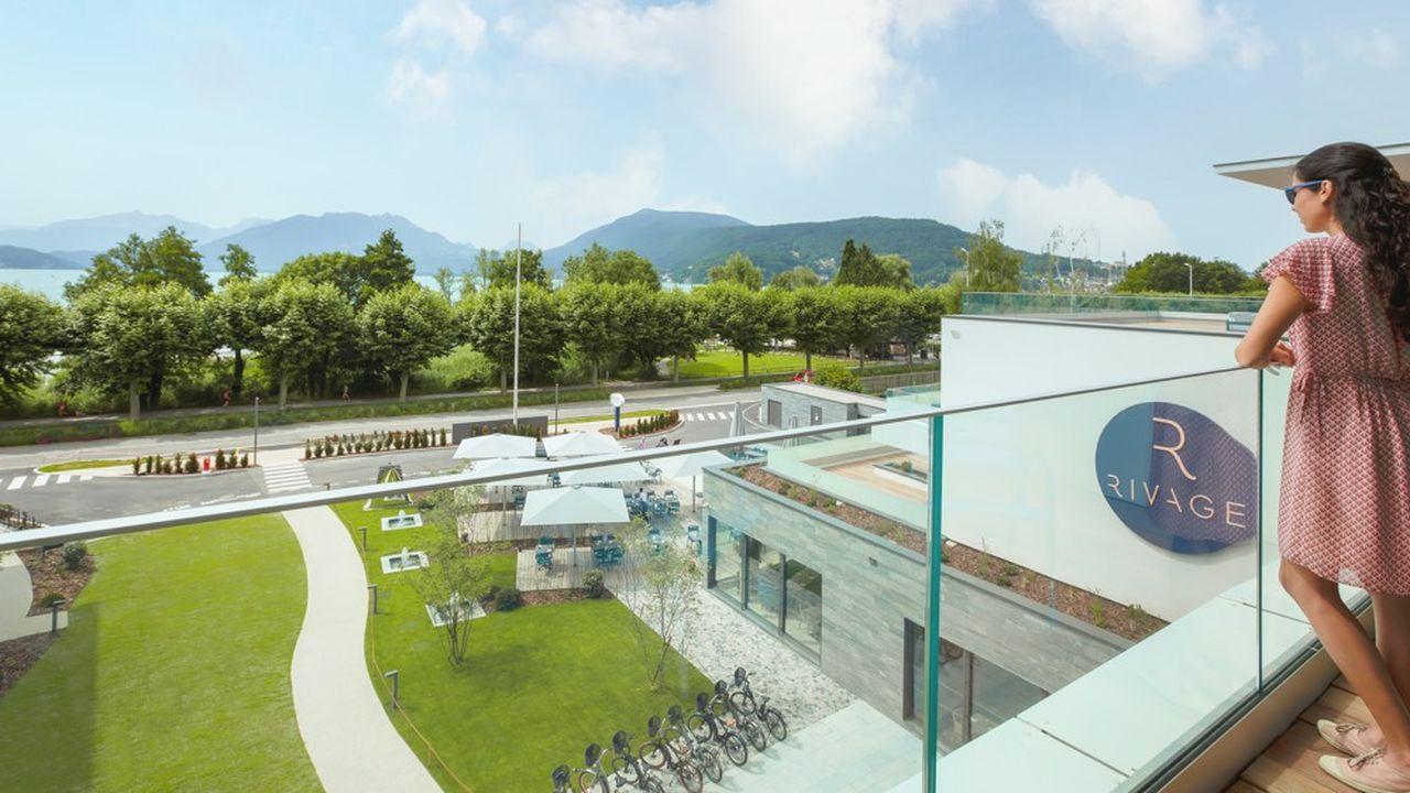 Le Rivage est doté d'un spa de 1.000m2 et d'un espace séminaire.