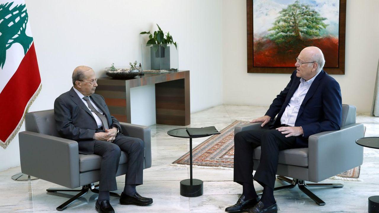 Le président libanais Michel Aoun a rencontré le 28juillet le Premier ministre désigné, le milliardaire Najib Mikati, après plus d'un an de vacance du pouvoir.