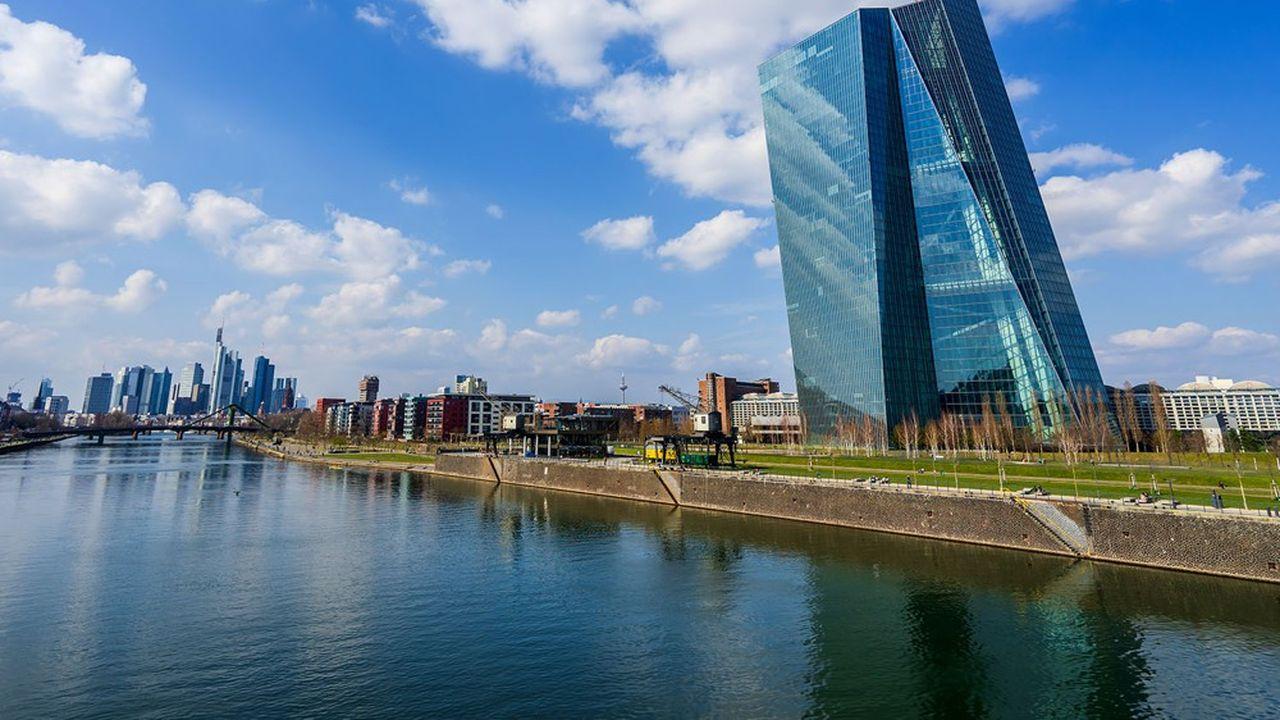 La Banque centrale européenne (BCE) supervise les principales banques de la zone euro.