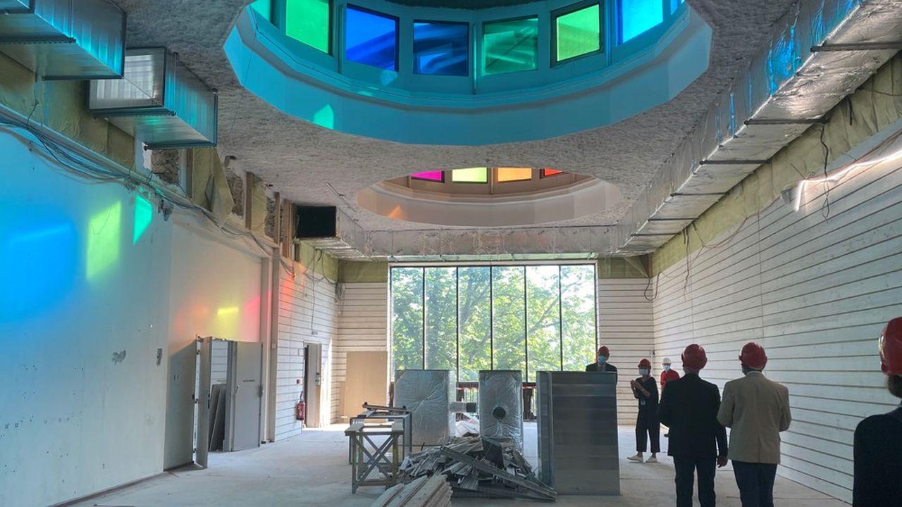 Le changement des 404 lanterneaux du Palais nécessite six mois de travaux.