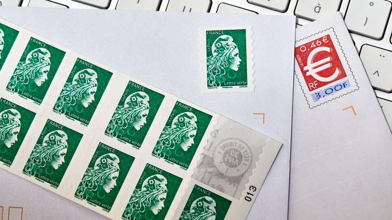 Les envois de courrier étaient en chute libre en 2020. Chaque ménage a envoyé en moyenne cinq courriers destinés à arriver le lendemain, contre 45 en 2008.