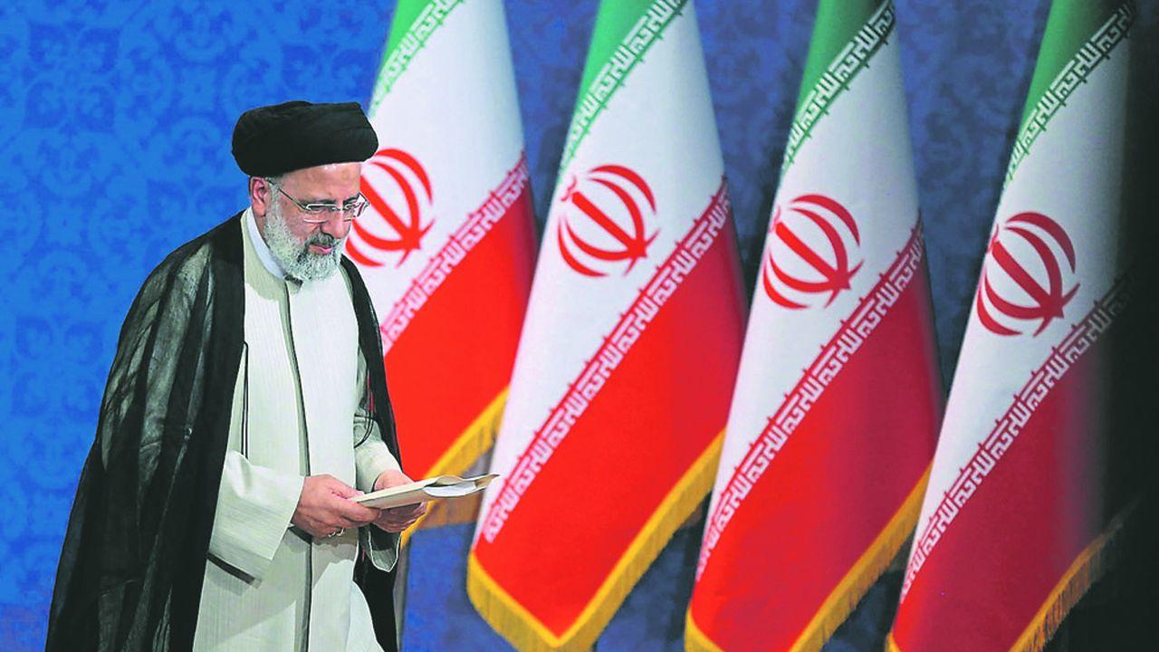 Ebrahim Raïssi, qui a tenu fin juin sa première conférence de presse de président élu, va devenir officiellement ce mardi le numéro deux du régime derrière le guide suprême, l'ayatollah Ali Khamenei.