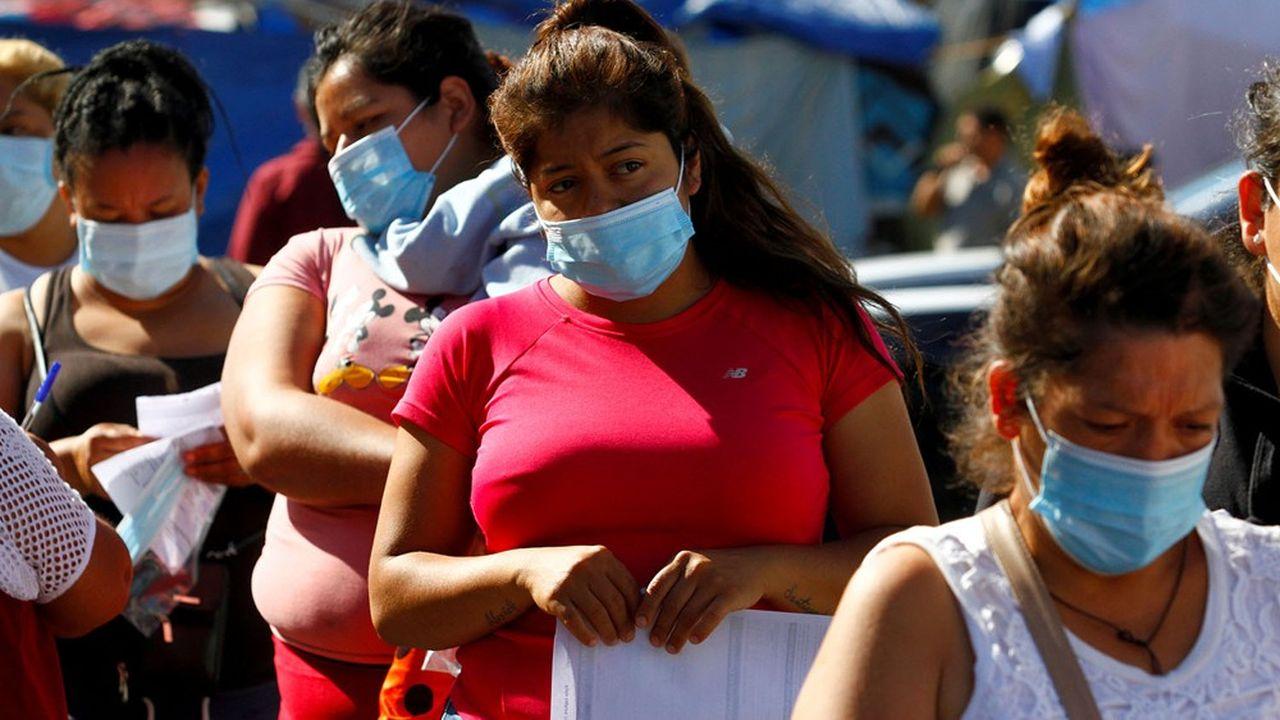 L'agence américaine de l'immigration et des douanes affirme qu'environ 46% des migrants se trouvant à la frontière avec le Mexique ont refusé de se faire vacciner le mois dernier.