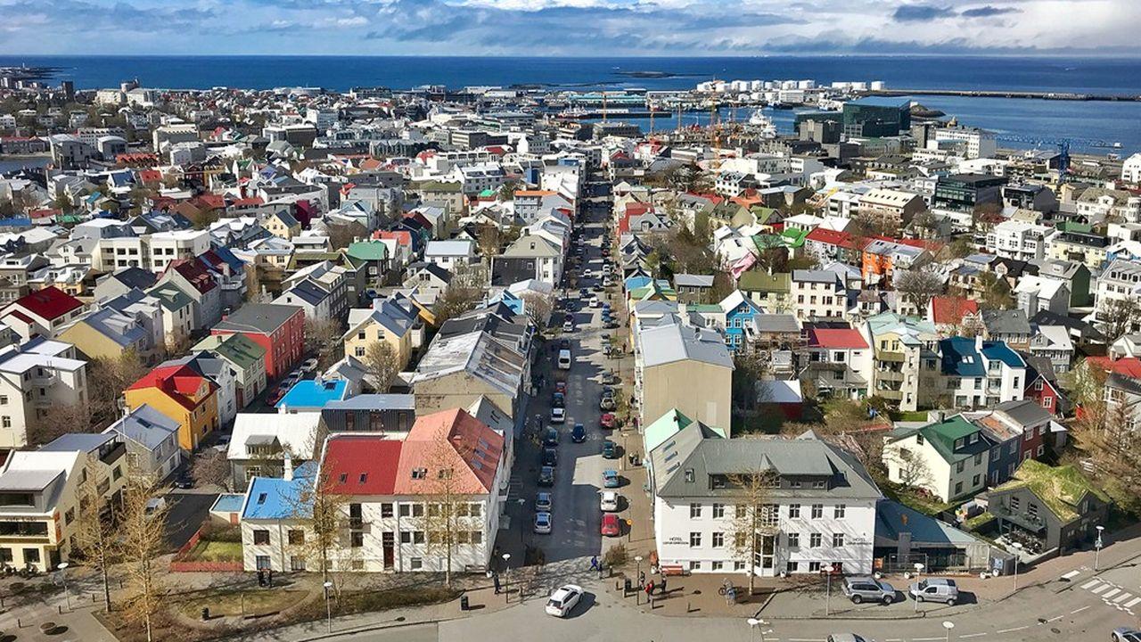 Reykjavik a été confrontée à une vague soudaine d'infections du Covide-19, bien que l'Islande affiche un des taux de vaccination parmi les plus élevés de la planète