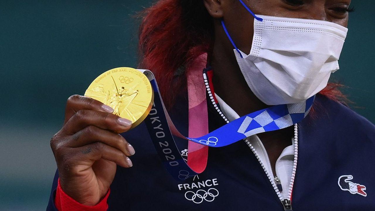 La quintuple championne du monde de judo Clarisse Agbégnénou, licenciée au Red Star Club de Champigny-sur-Marne, a remporté deux médailles d'or lors des JO de Tokyo.