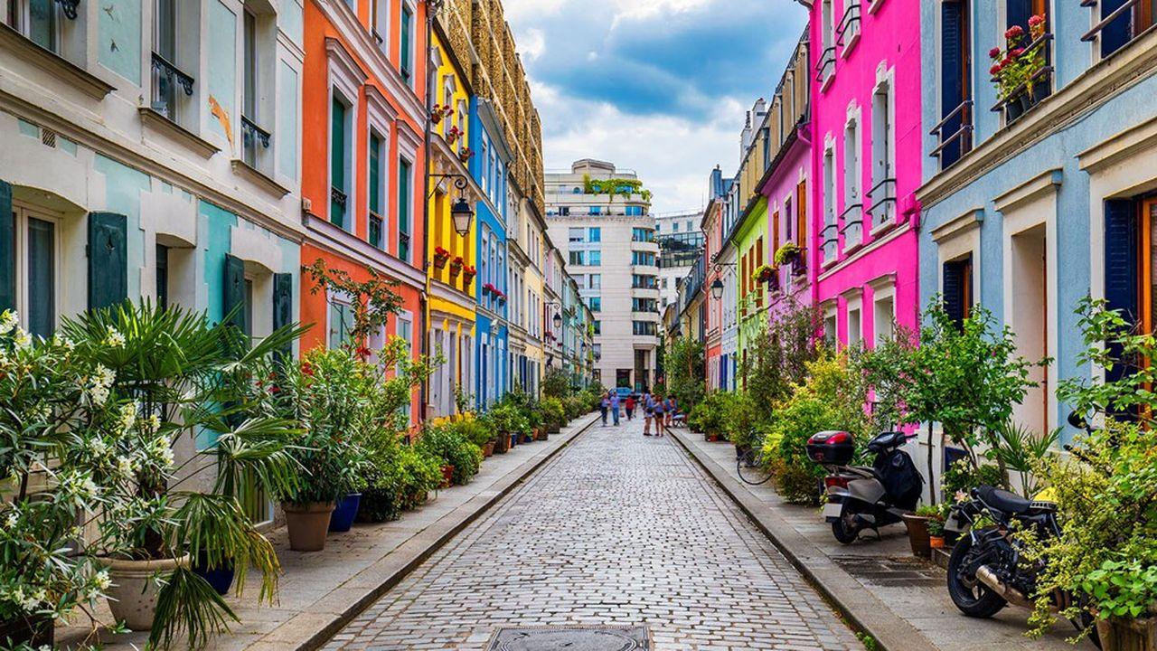 Le quartier des Quinze-Vingts est le plus onéreux du XIIe arrondissement de Paris, et son ambiance de village renforce son attractivité.