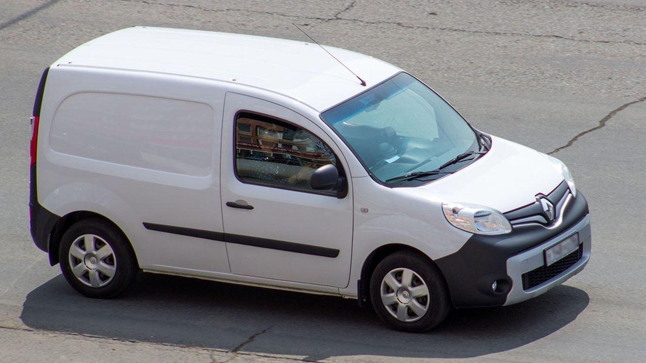 La conversion à l'électrique d'un véhicule utilitaire thermique coûte entre 17.000 et 25.000euros hors taxes.