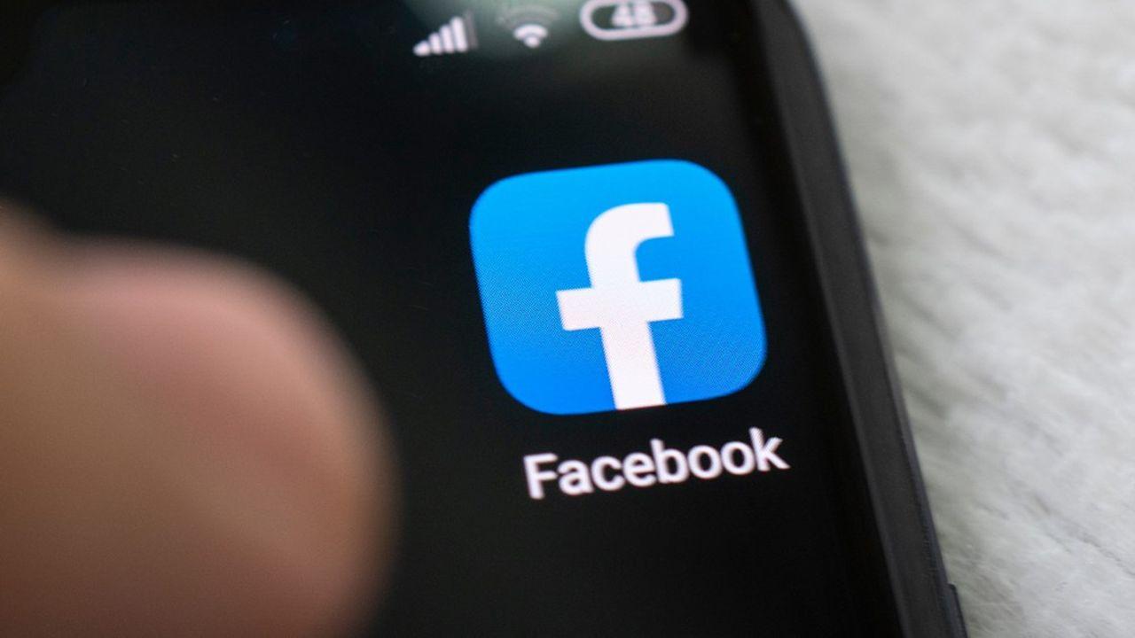 Facebook avait racheté Giphy l'année dernière pour environ 400millions de dollars, selon Axios.