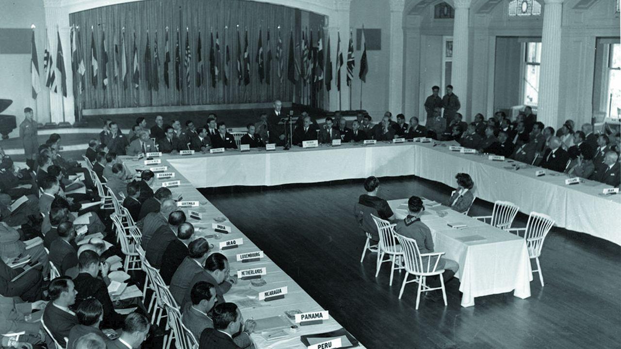 La conférence de Bretton Woods, le 4juillet 1944.
