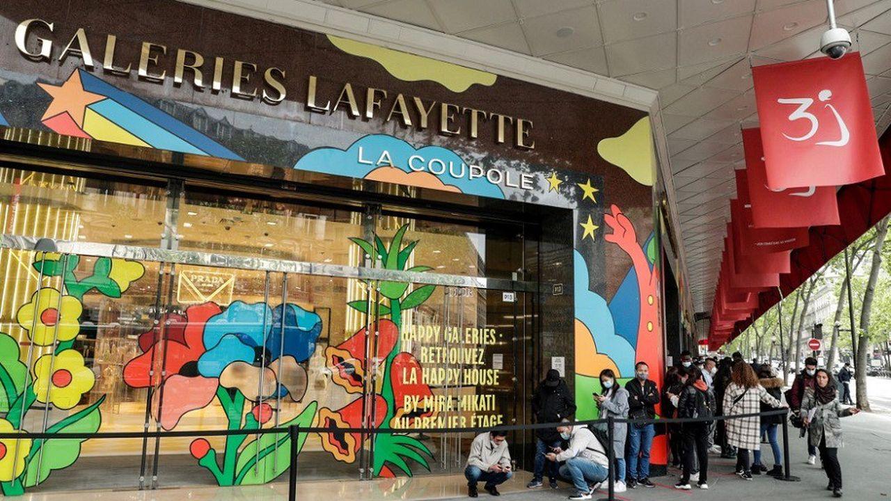 Les grands magasins parisiens exigeront le passe sanitaire à partir de lundi.