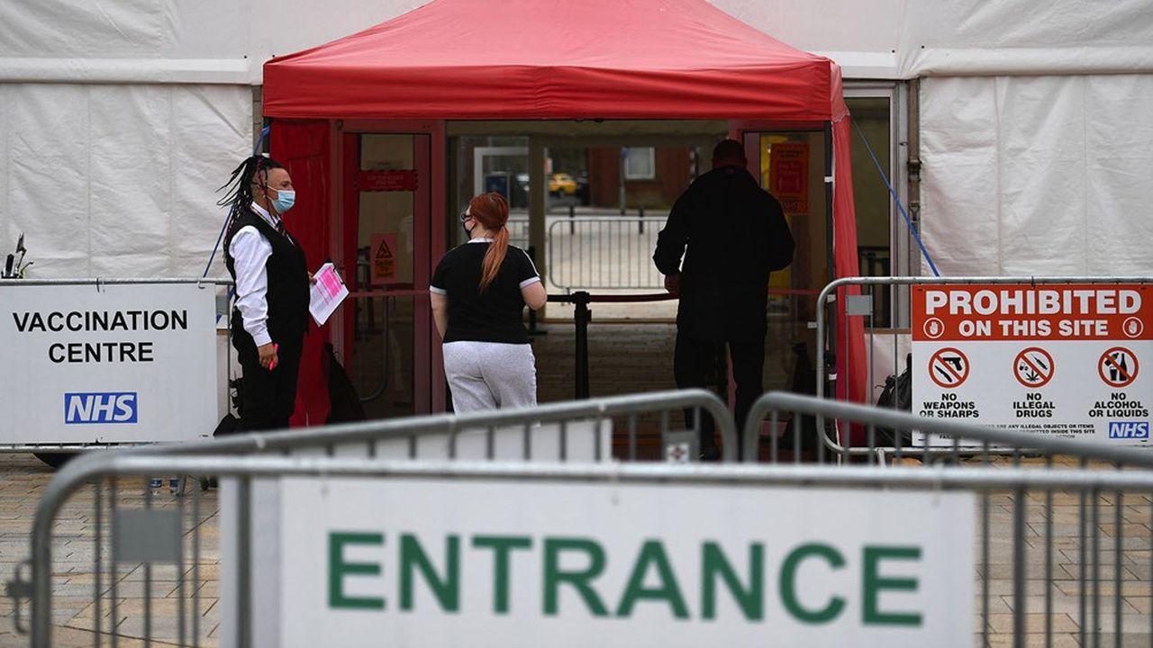 En Angleterre, près de 90% des adultes ont désormais reçu une première dose de vaccin anti-Covid.