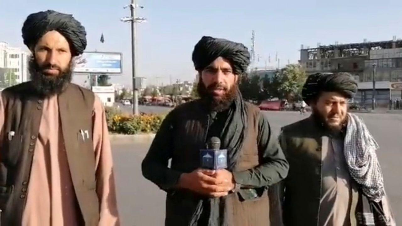 Les talibans ont utilisé les réseaux sociaux tant pour montrer leur avancée que pour rassurer