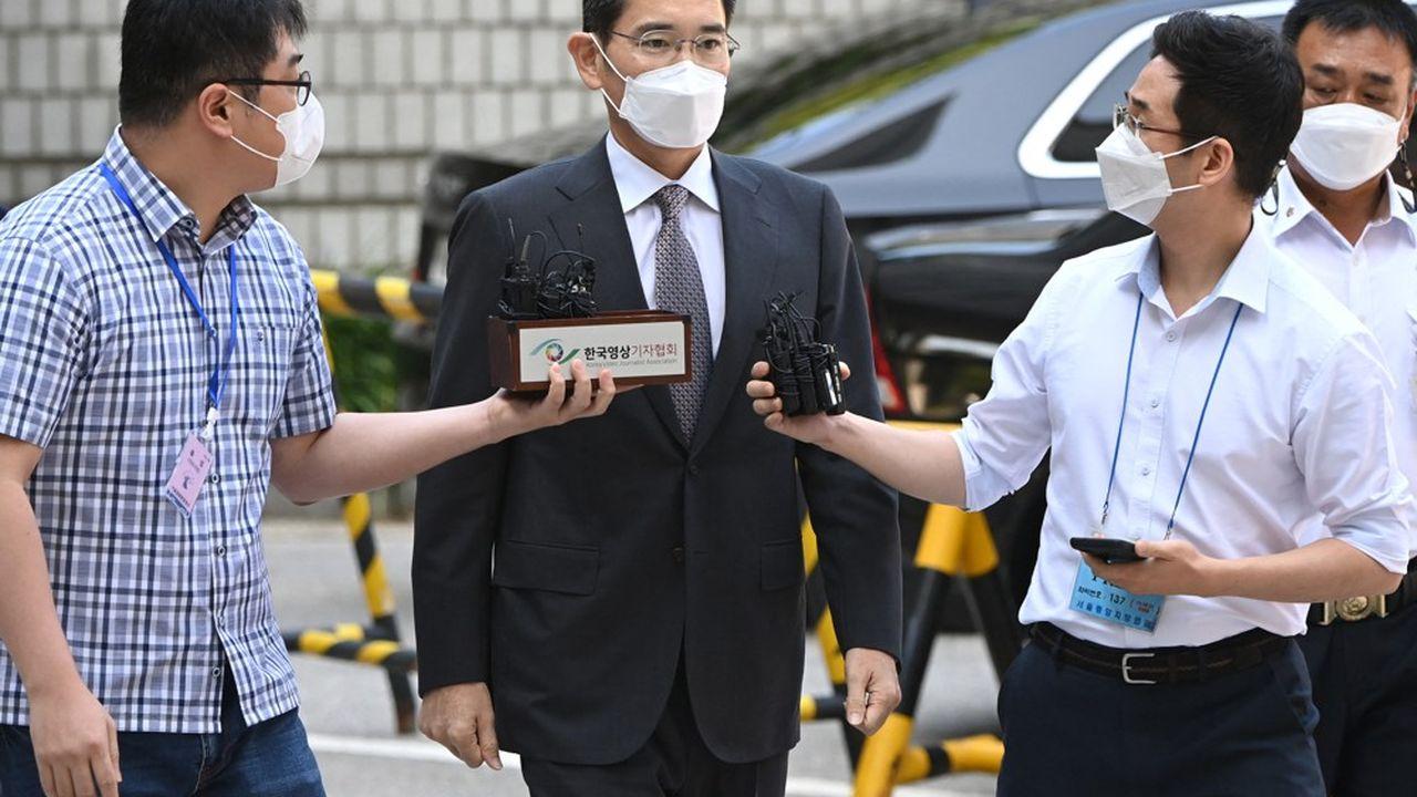 Lee Jae-yong n'a souhaité faire aucune déclaration lors de son arrivée au tribunal ce jeudi matin