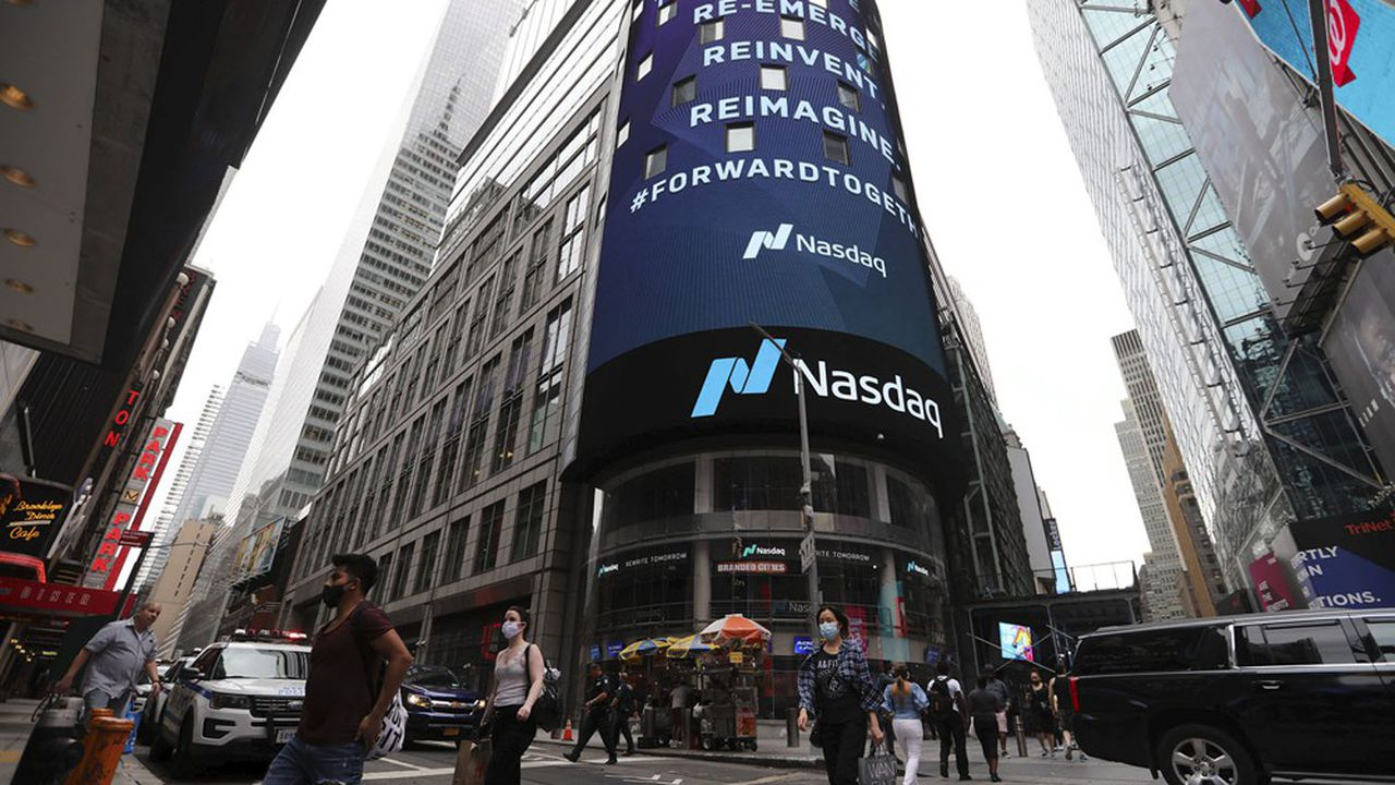 En un an, le cumul de capitalisations estimées des 100 plus gros éditeurs de logiciels non-cotés américains a presque doublé (de 267 à 518milliards).
