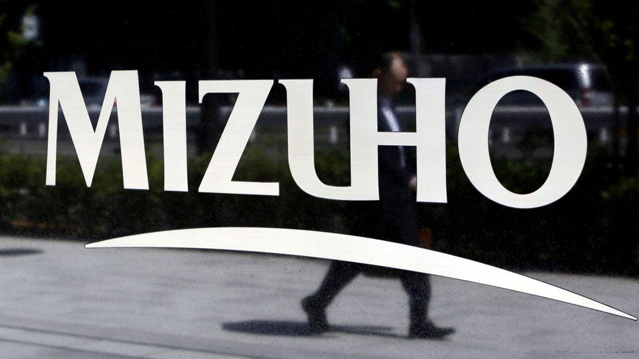 Vendredi matin, les 460 succursales de la Mizuho Bank dans le pays ont été incapables de traiter les transactions pendant environ une heure.