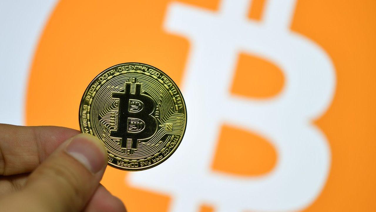 Le bitcoin, à 50.227dollars (42.816euros), progresse de 75% depuis le début de l'année.