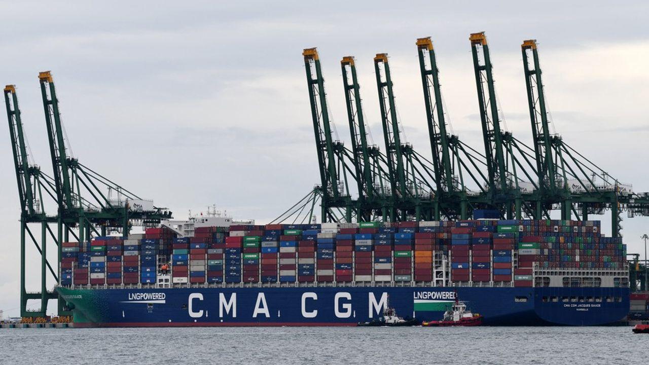 Le porte-conteneurs « Jacques Saadé » de CMA CGM est propulsé au gaz naturel liquéfié, moins polluant que les fiouls lourds utilisés généralement dans le transport maritime.