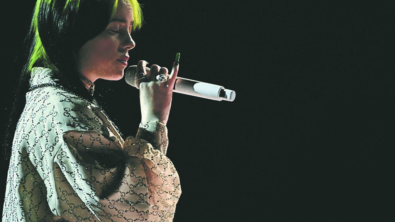 Billie Eilish, une des stars du catalogue d'UMG, à Los Angeles, lors des Grammy Awards en 2020.