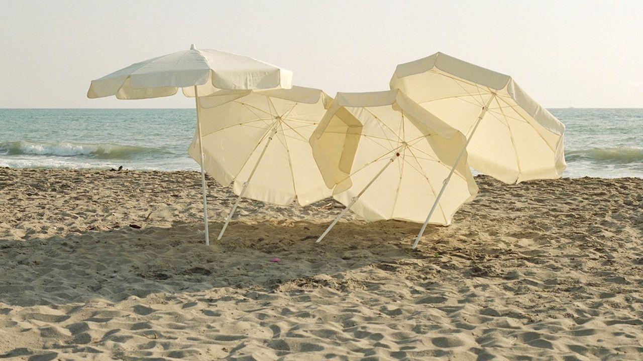 L'installation «Parasol» d'Ayzit Bostan au musée Galliera.
