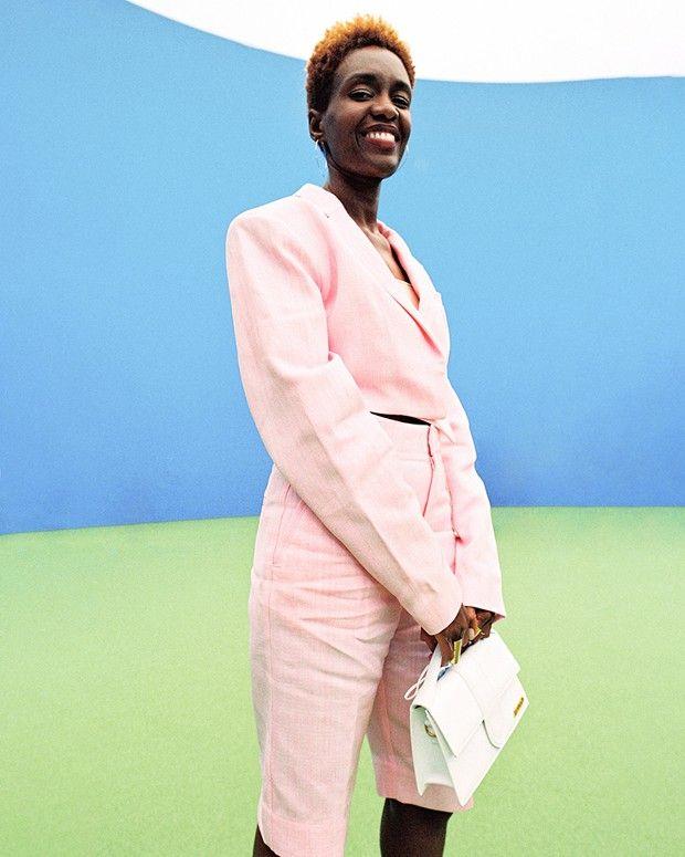 La militante féministe intersectionnelle Rokhaya Diallo au défilé Jacquemus, « La Montagne ».