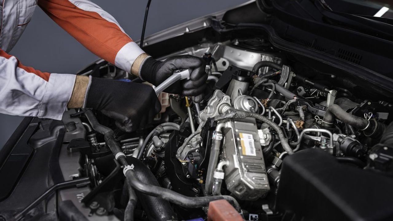 Le développement du recyclage dans la réparation automobile pose la question de la disponibilité des pièces de rechange recyclées.