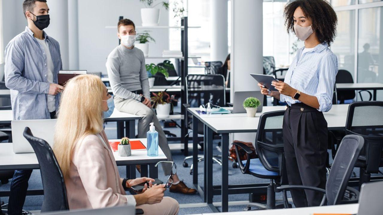 La présence des acteurs sur le lieu de travail n'est plus vraiment codifiée