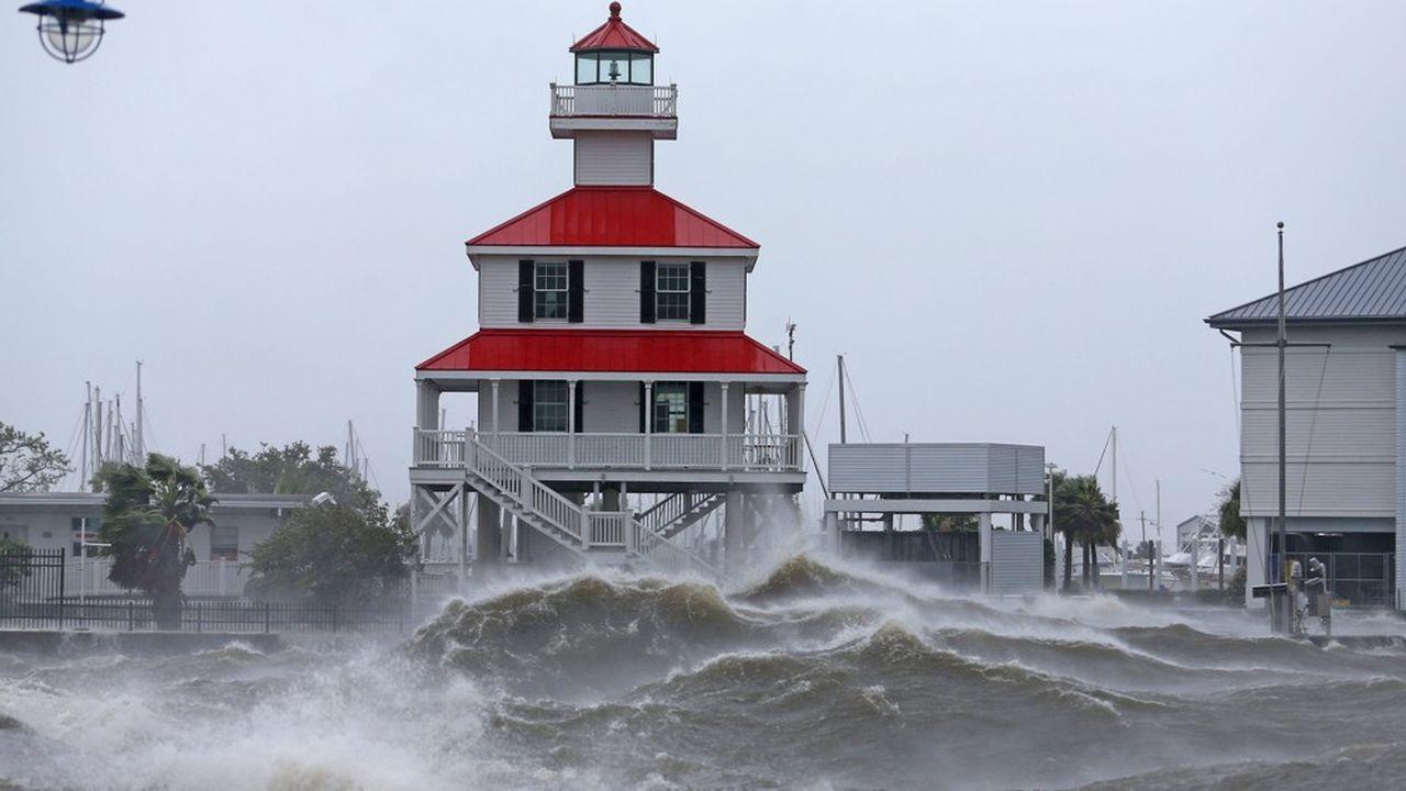 Seize ans après Katrina, l'ouragan Ida frappe la Louisiane.