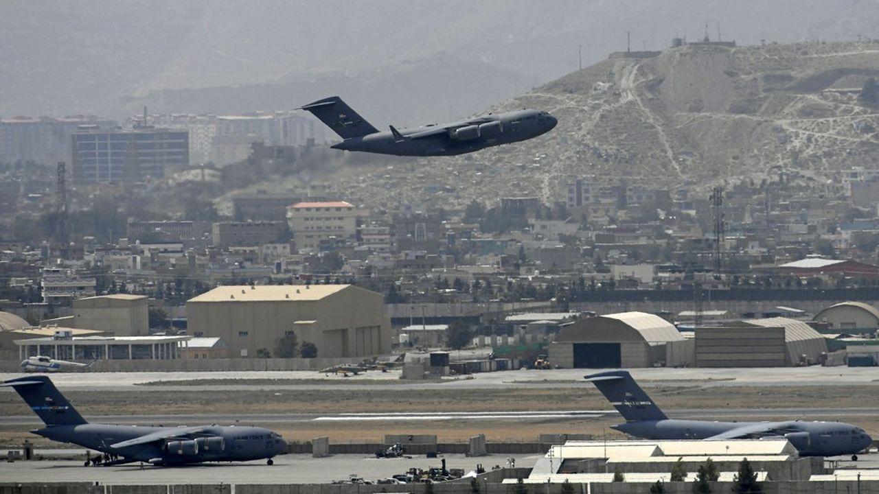Les avions des Etats-Unis et de leurs alliés auront évacué plus de 123.000 civils depuis mi-août, selon le Pentagone.