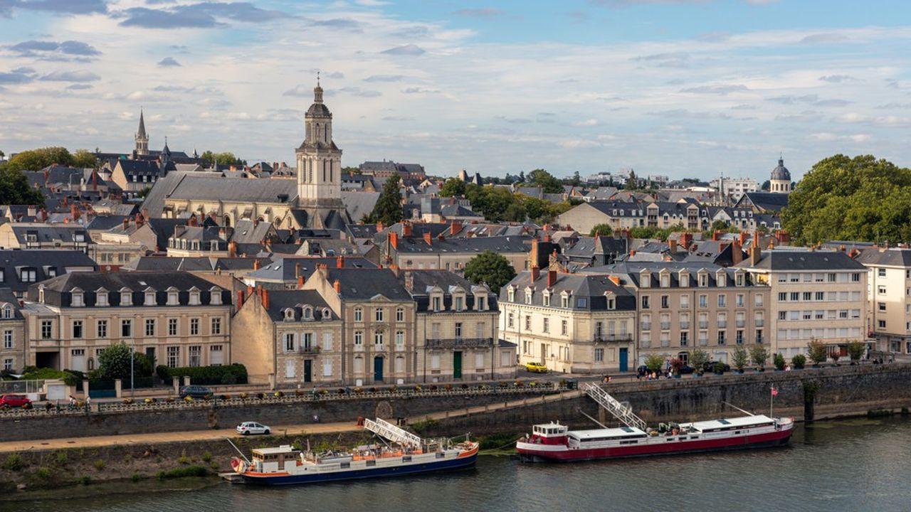 Angers (photo), Besançon ou Rouen conjuguent une forte demande locative à un solide marché de la revente.