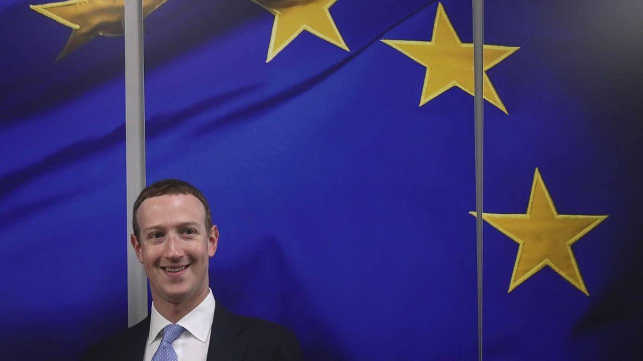 Mark Zuckerberg, le PDG de Facebook, lors de sa visite à Bruxelles en février2020. Les Gafa multiplient les dépenses de lobbying pour influencer sur le DSA et le DMA.