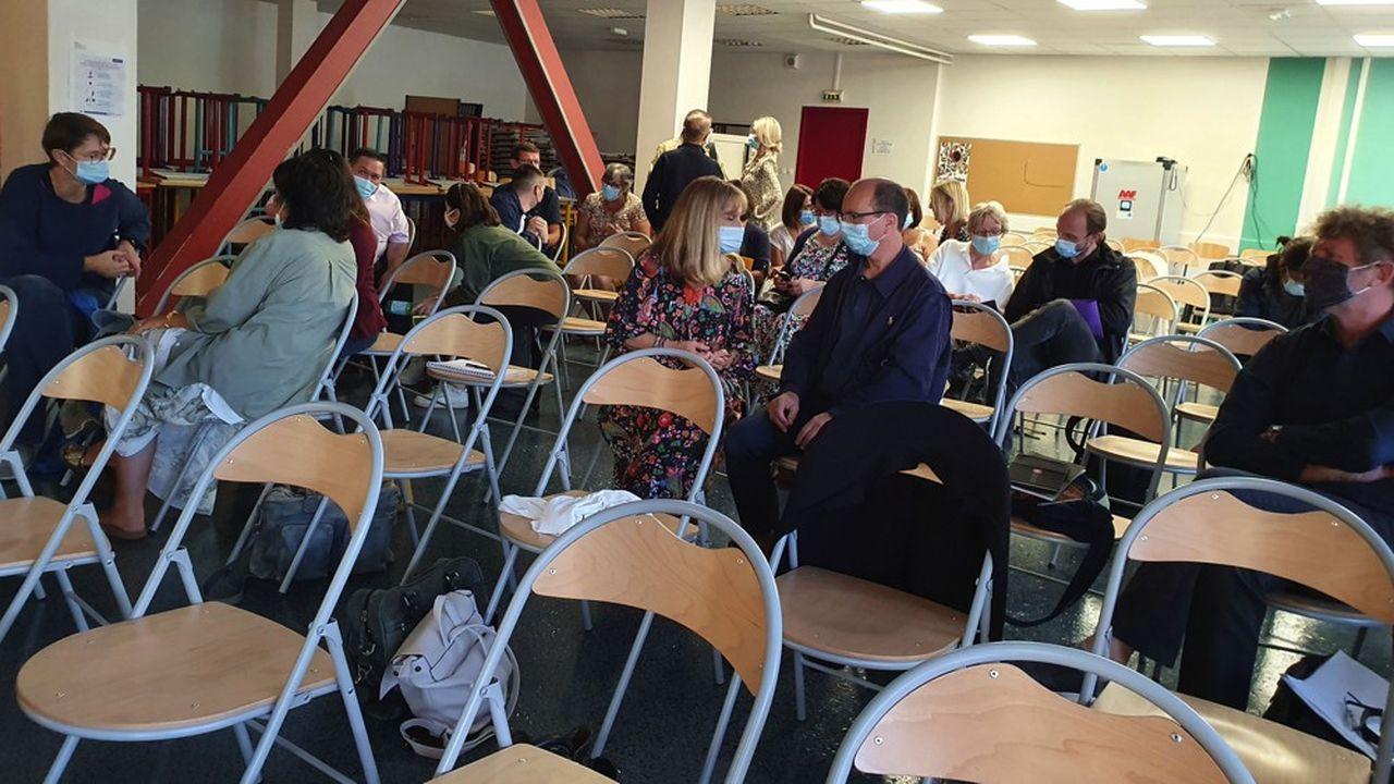 Lors de la réunion de pré-rentrée, ce mercredi, au lycée Lacassagne à Lyon.