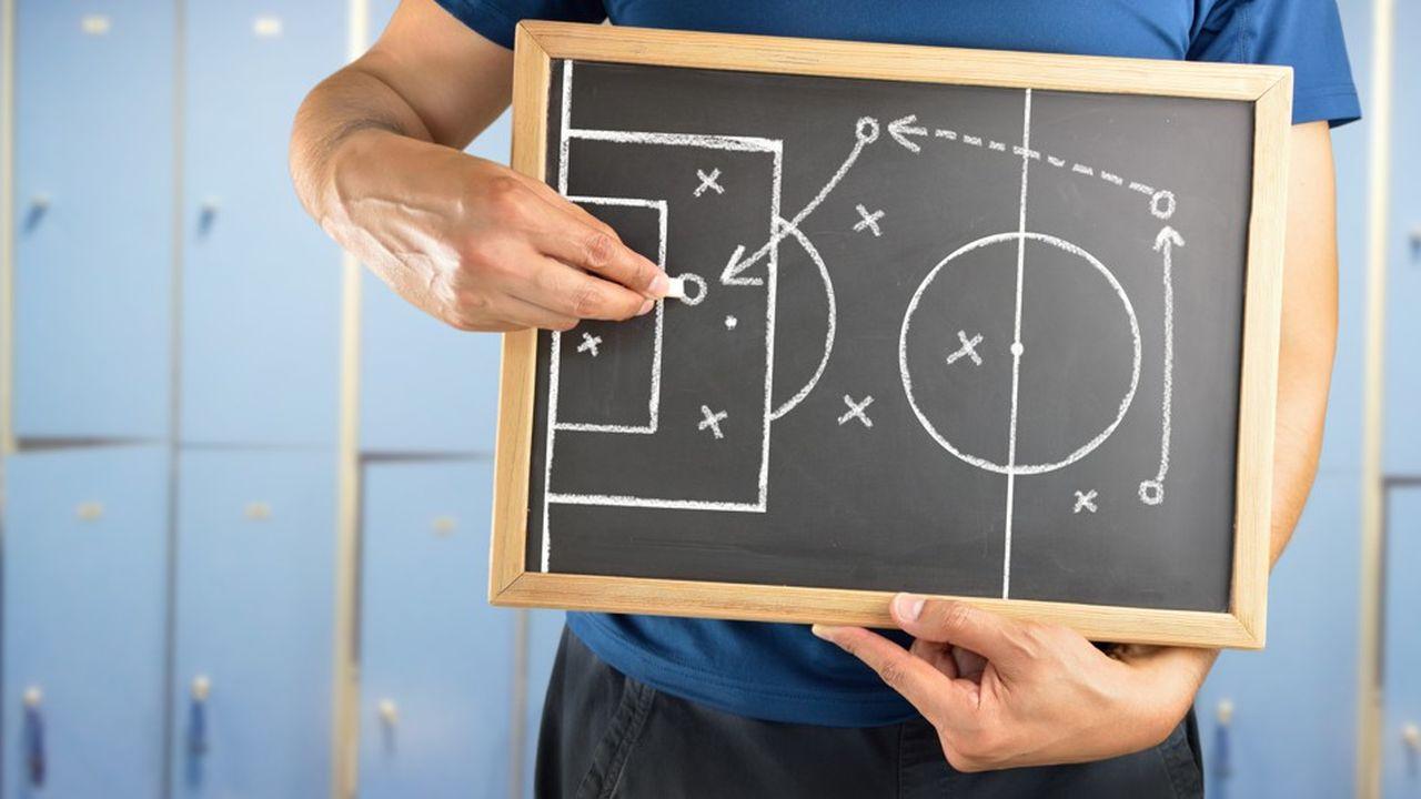 Pour coacher le ou la leader en devenir, il est nécessaire de lui proposer des clés pour mettre en oeuvre les projets, et pas seulement les imaginer.
