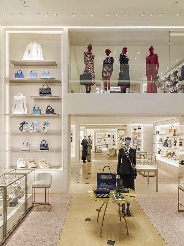 Boutique Dior Saint-Honoré, Paris, une réalisation de Peter Marino.
