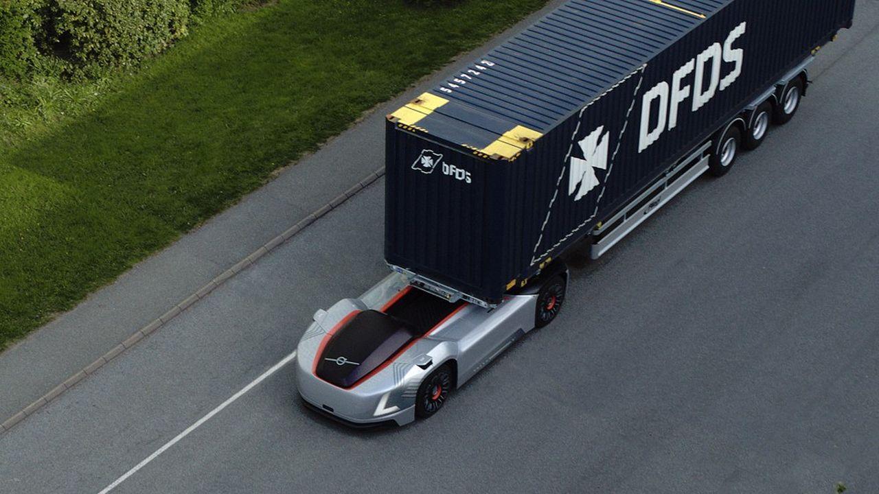 Volvo Trucks a imaginé un tracteur automatique et sans cabine, pour transporter en totale autonomie des marchandises, dans des zones portuaires ou logistiques prédéfinies.