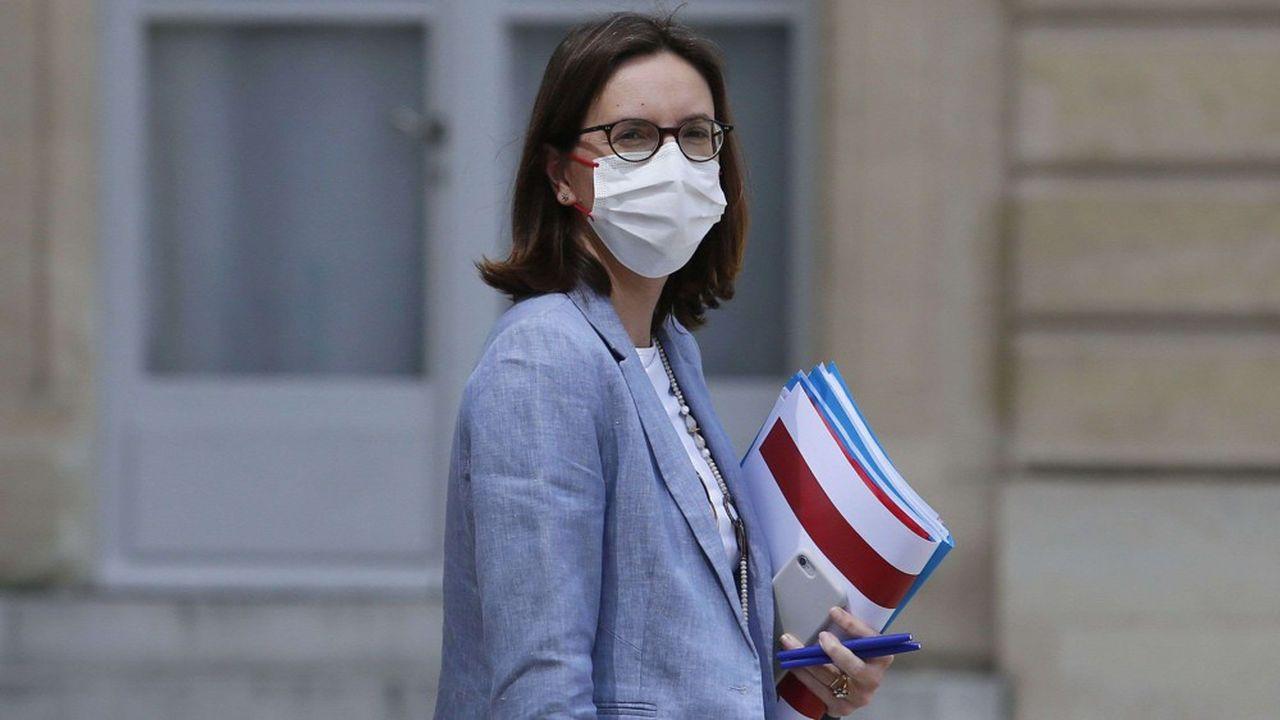 Amélie de Montchalin juge qu'il y a eu des «efforts massifs, suivis et méthodiques» pour la numérisation des services publics.