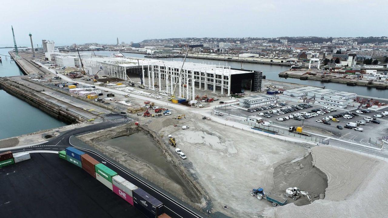 L'usine est en cours de construction à côté de l'ex-centrale thermique au charbon et doit entrer en service au premier trimestre 2022.