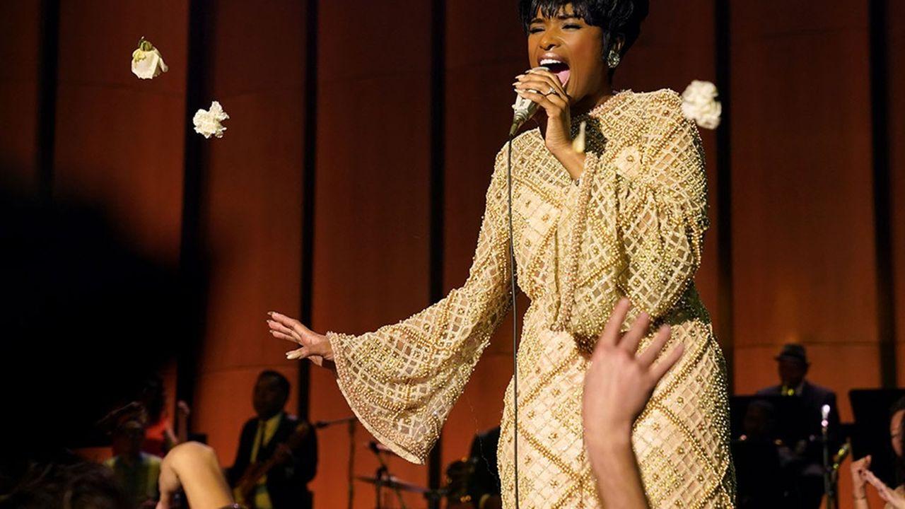 Jennifer Hudson, reine de la soul sous les roses dans le rôle d'Aretha Franklin.