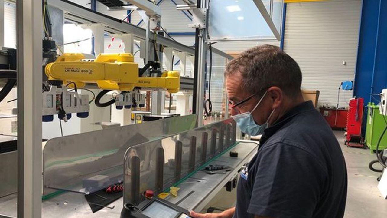 Huguet conçoit, réalise, assemble et teste des machines spéciales pour l'industrie.