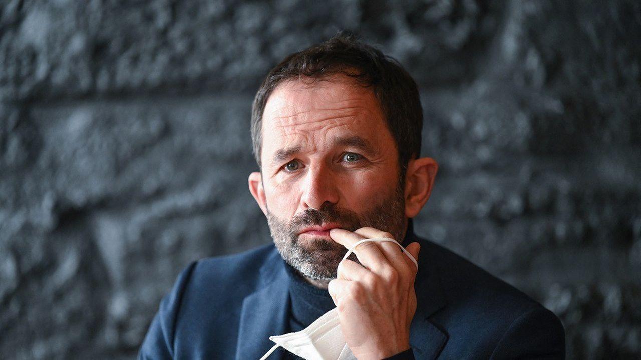 Benoît Hamon aura exercé plusieurs fonctions politiques, notamment député, député européen et ministre.
