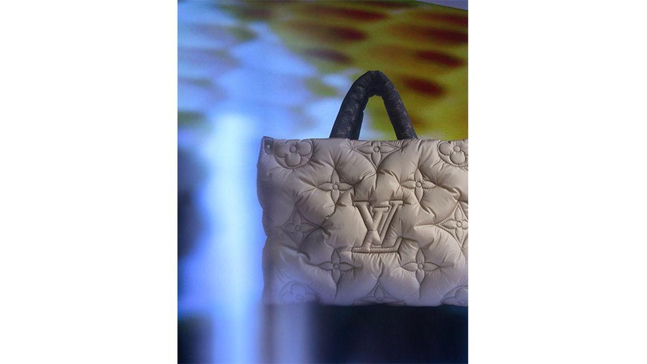Sac cabas «OnTheGo Pillow», Louis Vuitton.