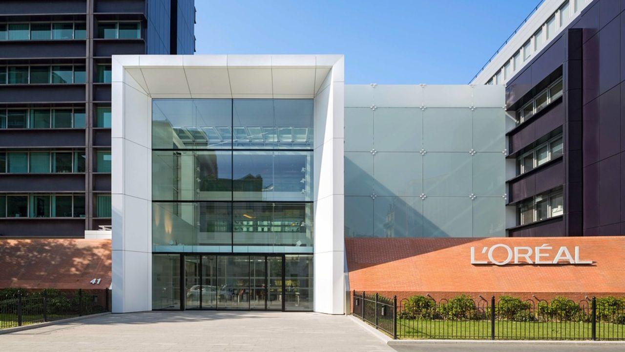 Le Centre Eugène Schueller, siège mondial de L'Oréal. Le groupe vise 25.000 opportunités professionnelles pour les jeunes en 2022, soit +70% par rapport à 2020.