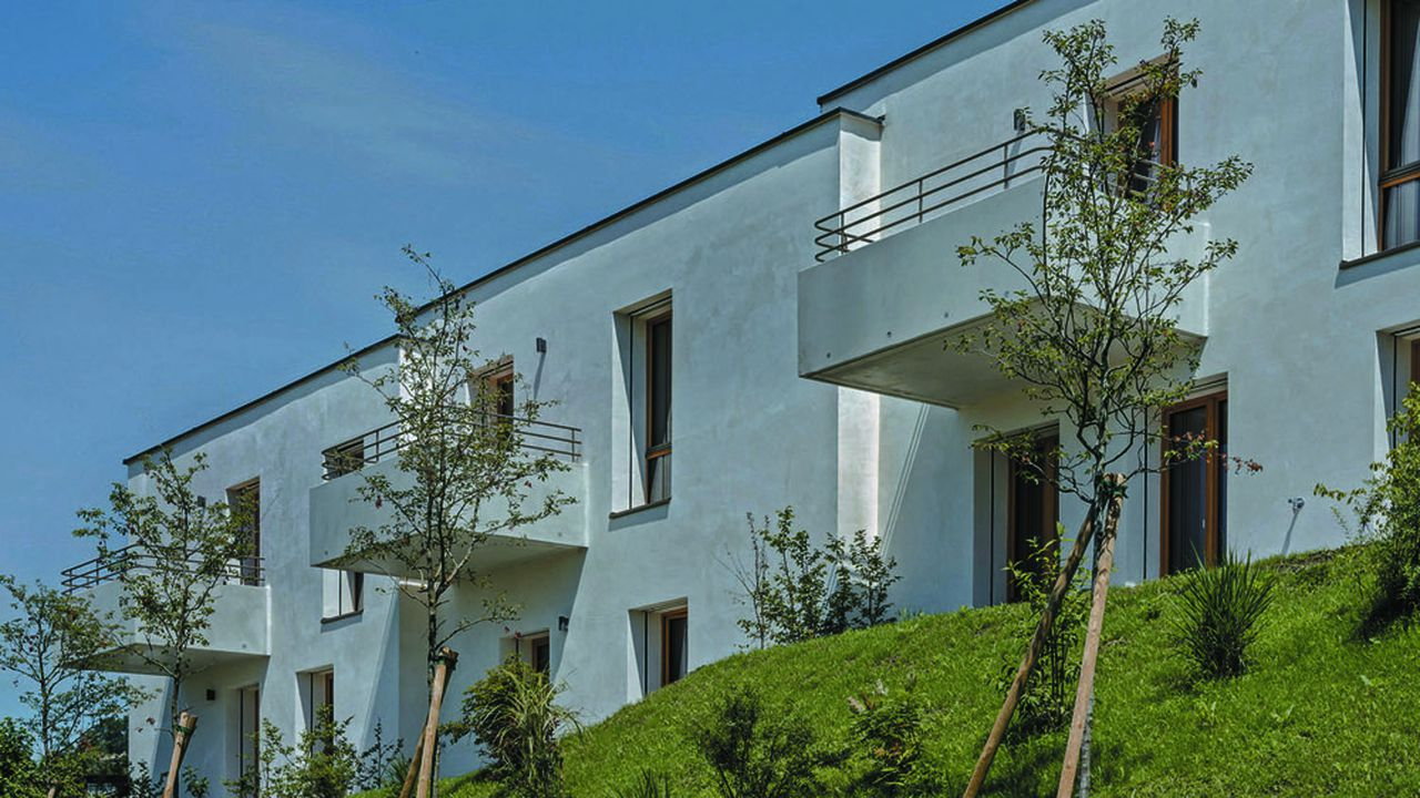 La première fois que l'agence d'architecture autrichienne Baumschlager Eberlé a appliqué au résidentiel son concept du bâtiment sans chauffage, climatisation ou ventilation mécanique, c'était à Dornbirn, en Autriche.