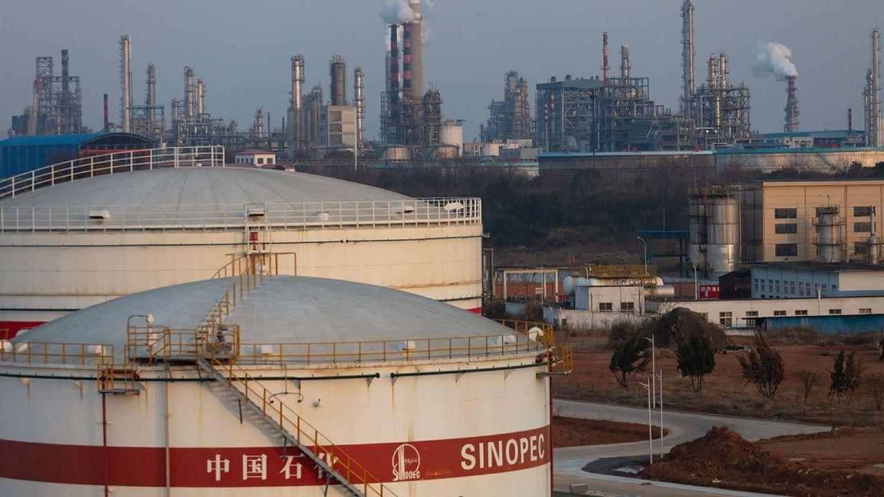 Infrastructures de stockage et de traitement du pétrole dans la province du Jiangxi. La Chine est le premier importateur mondial de brut.