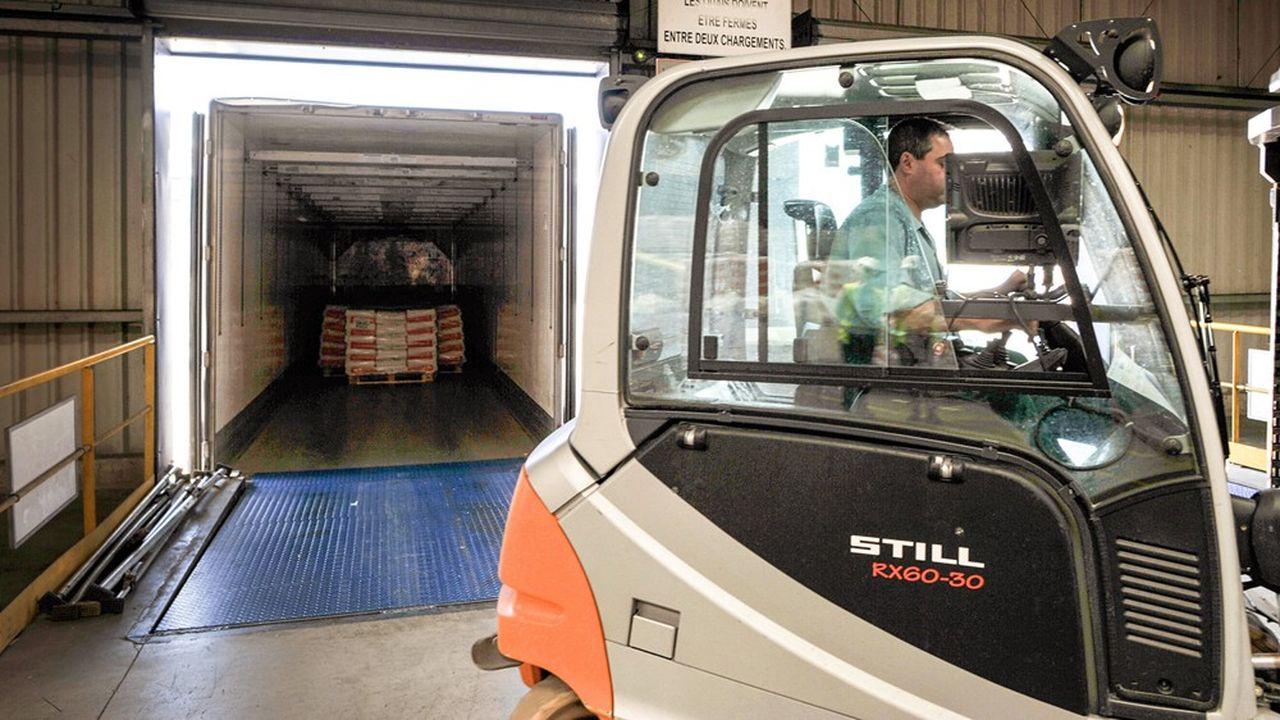 Les entrepôts logistiques, souvent de taille XXL, accélèrent sur l'automatisation des tâches de manutention.
