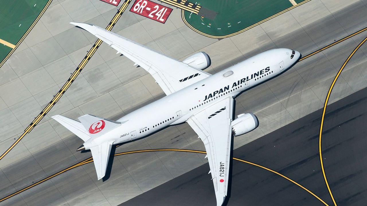 Sur le seul mois de septembre, Japan Airlines (JAL), la plus grande compagnie aérienne du pays, a ainsi dû annuler un peu plus de 9.000 vols intérieurs.