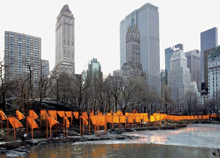 Christo et Jeanne-Claude - The Gates, Central Park, New York City, 1979-2005