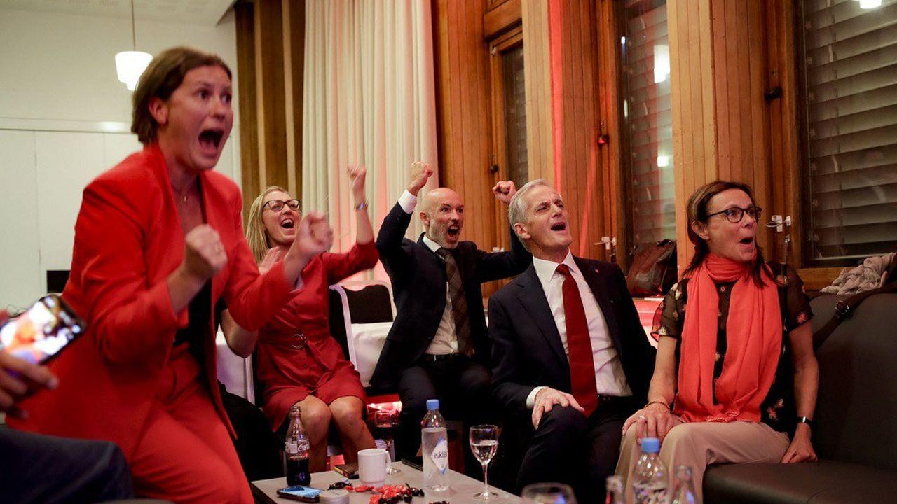 Jonas Gahr Store (2ème en partant de la droite) apparaît comme le grand vainqueur des élections en Norvège.