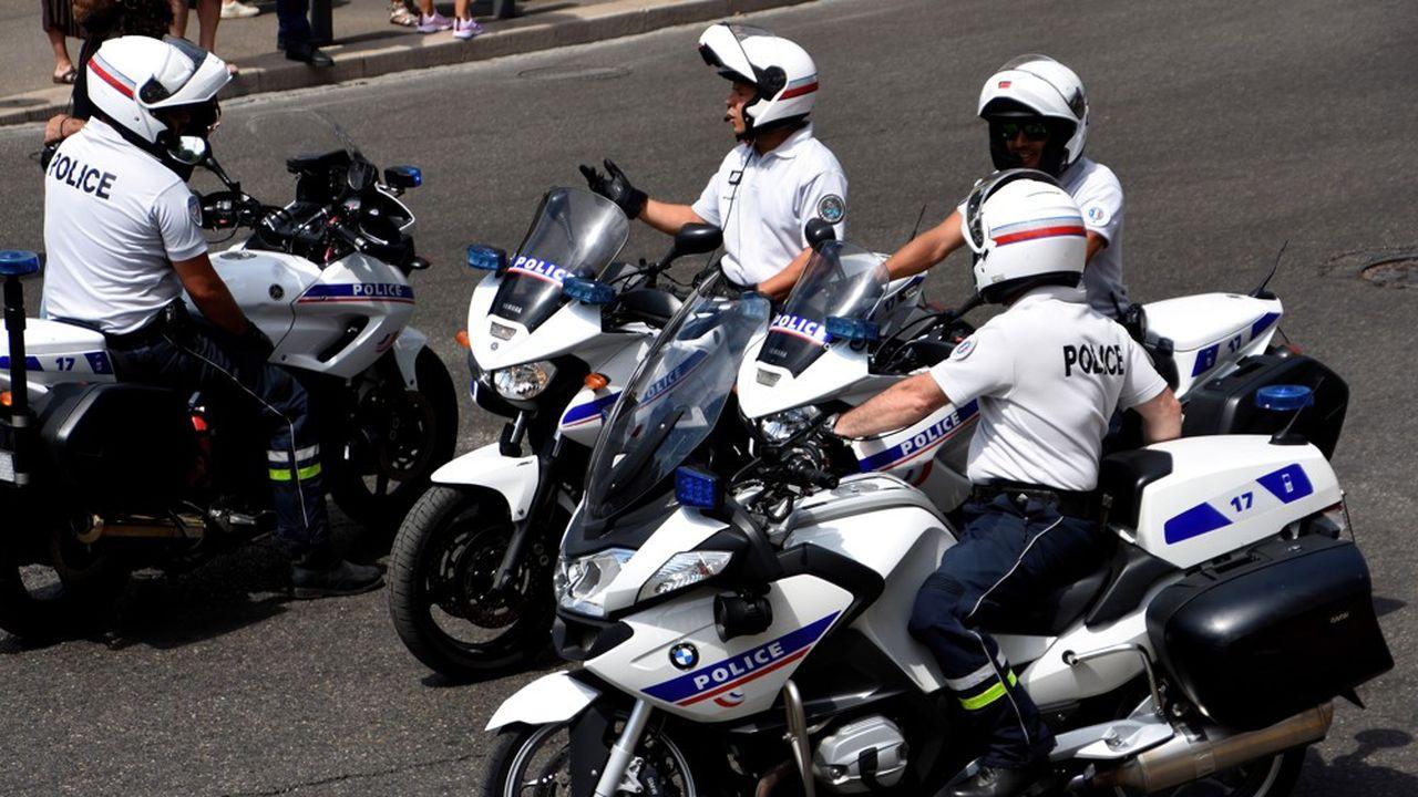 Le ministère de l'Intérieur a relancé les dépenses d'équipement depuis l'an dernier pour les policiers.