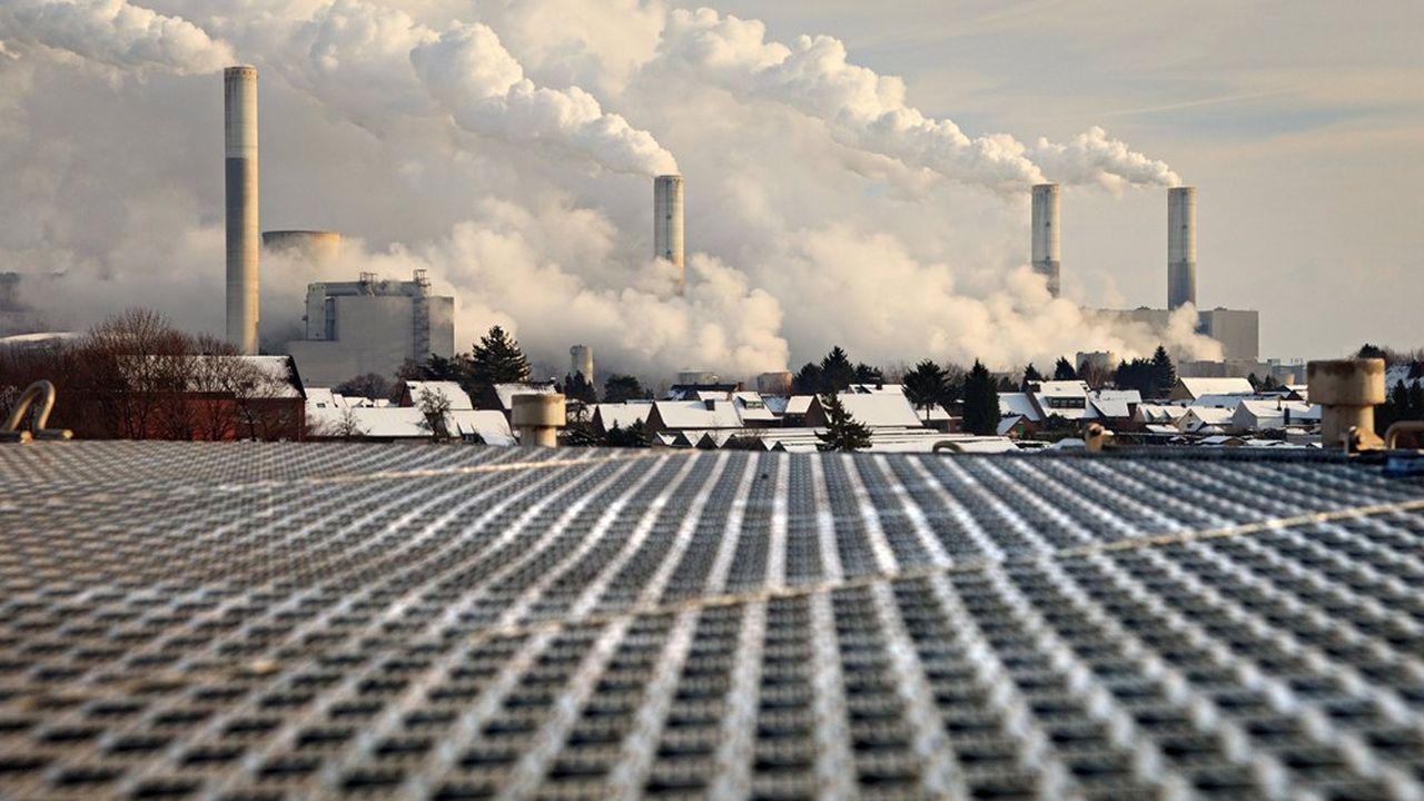 Le Traité sur la charte de l'énergie (TCE) risque d'être moins protecteur pour les investisseurs engagés dans des projets ou des installations fortement émettrices de C02, comme les centrales à charbon.